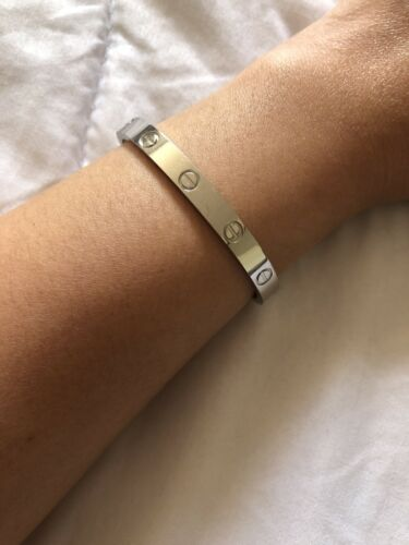 Cartier love bracelet 18k White Gold size 16