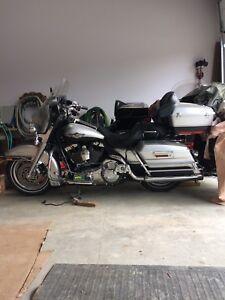 Harley Davidson  FLHTCI ,  low km 28k  Touring  NICE BIKE