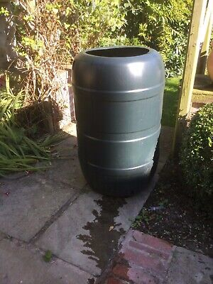 Unused Water Butts (Approx 200L) with Diverter Kit to Drainpipe