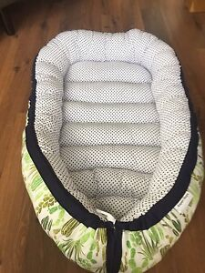 Baby nest - cactus and navy polka dots