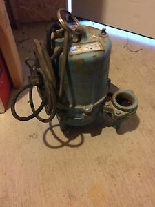 Monarch submersible pump 350OBO