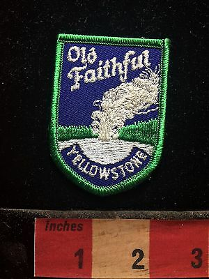 Yellowstone National Park OLD FAITHFUL Geyser Wyoming Patch 73B4