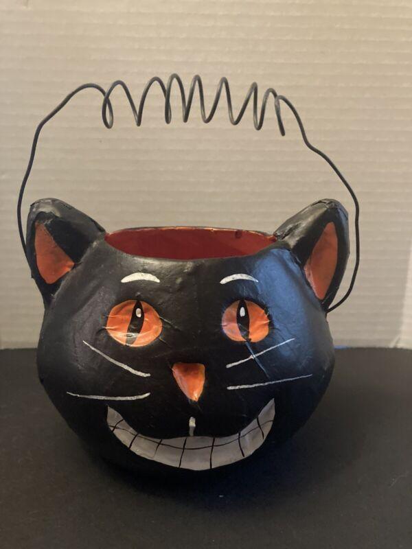 Vintage Look Paper Mache folk art Halloween Black Cat Lantern.. 4 inches