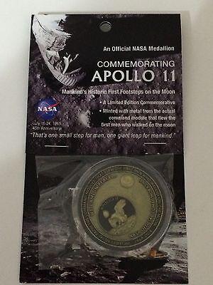 APOLLO 11 45th ANNIVERSARY NASA COIN / MEDALLION W/FLOWN COMMAND MODULE METAL