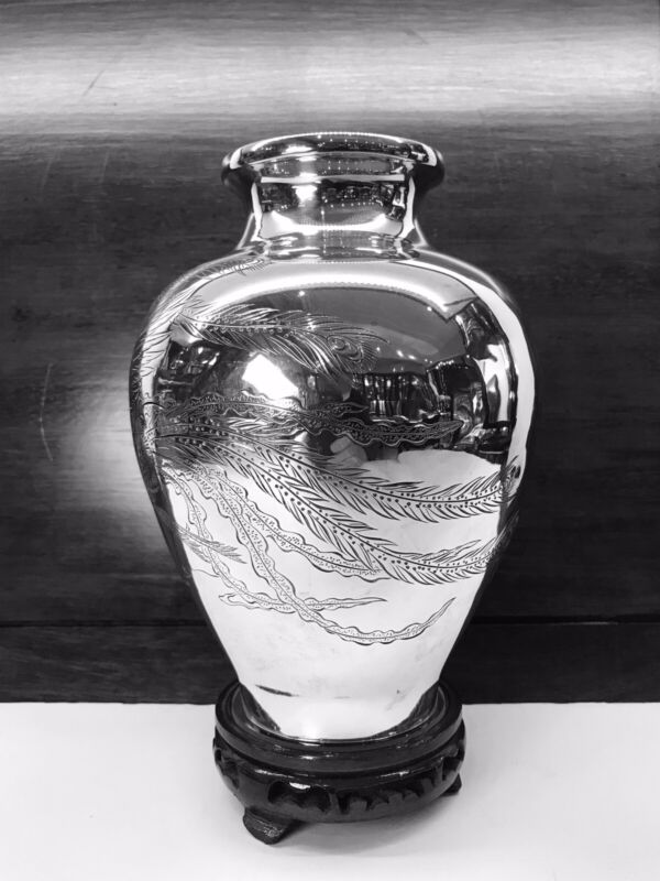ANTIQUE JAPANESE SOLID STERLING SILVER VASE