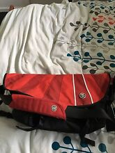 """Crumpler """"the complete seed"""" messenger bag Altona North Hobsons Bay Area Preview"""