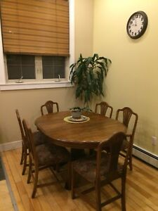 6 solid wood dining chairs comfortable and strong!