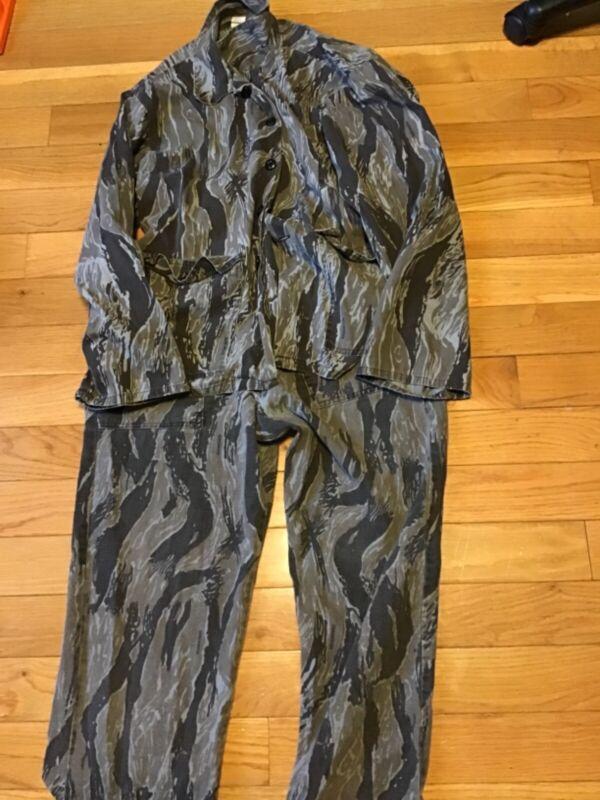 vintage rare Ranger hunting camo 2 piece suit size xl lightweight USA made