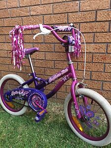 Girls bike Kanahooka Wollongong Area Preview