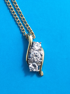 Gold & CZ Pendant and Chain Set Bunbury Bunbury Area Preview