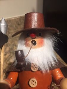 Wooden Figurine - Old Man With Pipe
