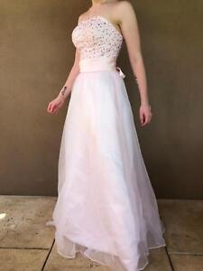 3e0096672e Ball gowns   Dresses & Skirts   Gumtree Australia Swan Area - Midland ...
