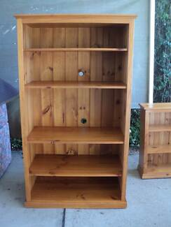 BOOK CASE LARGE Windsor Hawkesbury Area Preview