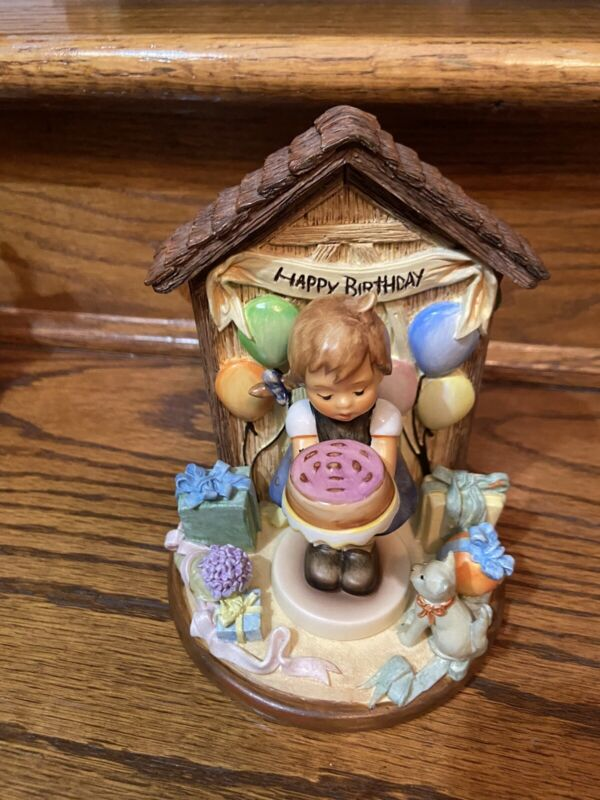 hummel figurines And Scapes
