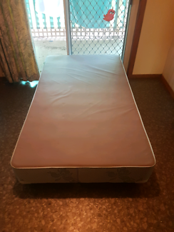 Super King Sized Single Bed! EXCELLENT CONDITION. Warragul.
