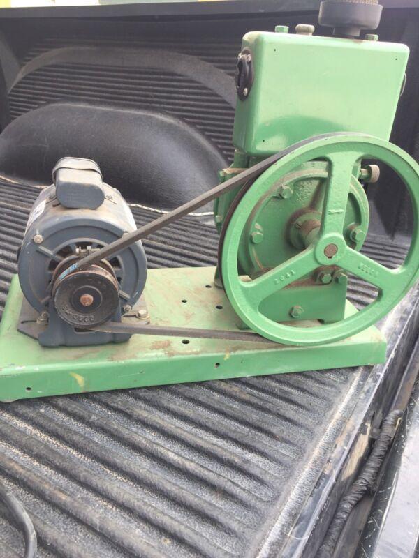 Welch  Vacuum Pump & Motor