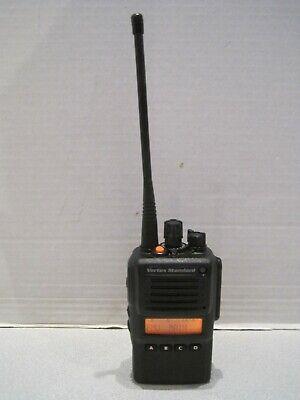 Standard Vx-p824-g6-5 406-450 Mhz Uhf 5 Watt Two Way Radio