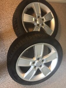 2 winter tires on alloy wheels 225R4518