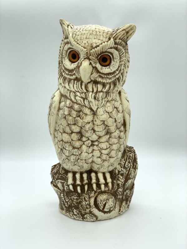 """Vintage White and Brown Plastic Molded Owl 13"""""""