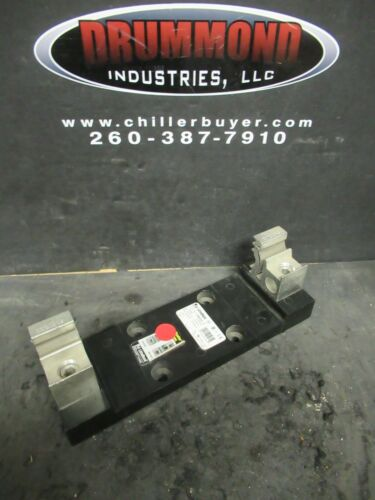 LITTELFUSE LR60200 1C CLASS R FUSE HOLDER W/ LUGS 3/0 AWG CU 250 KCMIL AL