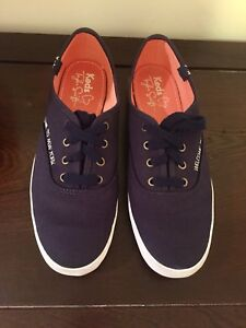Keds dark blue Taylor Swift women's size 6.5