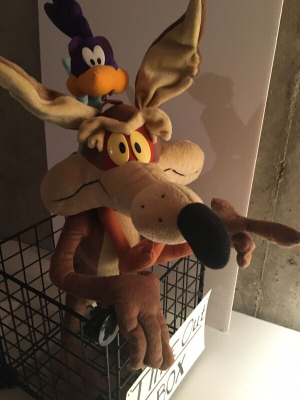 "Wile E. Coyote & Roadrunner Plush 25""Tall. Warner Bros, Posable. Great Condition"