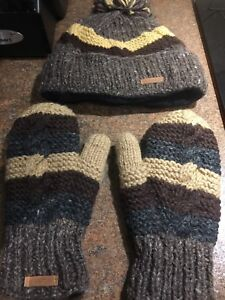 Hat and Mitts