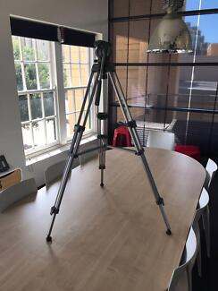 Video Tripod - in great working condition - Heiwa TH-650