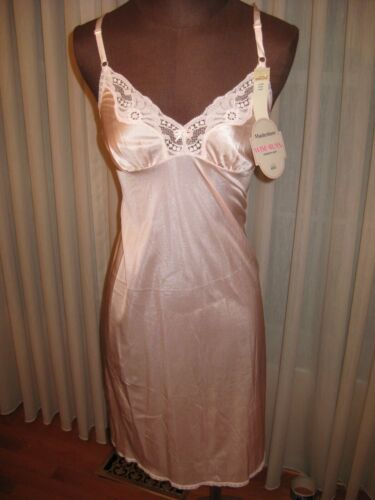 VINTAGE WITH ORIGINAL TAGS  MAIDENFORM FASHION LACE PINK SLIP WOMEN