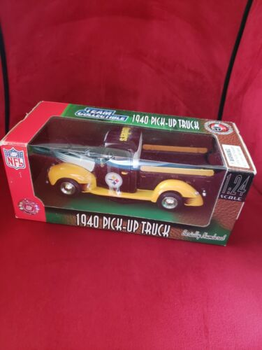 Fleer Collectible NFL 1940 Ford Pickup Truck Pittsburgh Steelers 1 24 Scale NIB - $61.90
