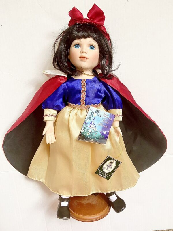 SNOW WHITE - COMPLETE FAIRY TALES SERIES - GEPPEDDO DOLLS collection
