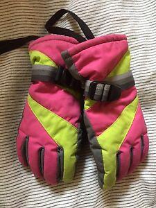 Girls Size 7-8 Ski Gloves Erskineville Inner Sydney Preview