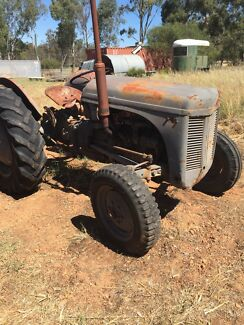 Ferguson Tractor Wooroloo Mundaring Area Preview