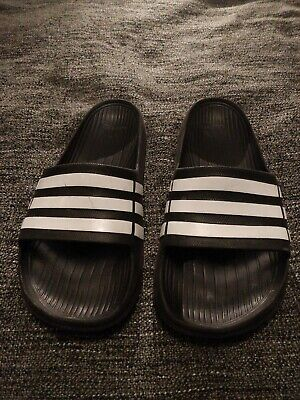 Mens Adidas Duramo sliders size 10