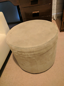 Brown Ottoman / Pouffe / Foot Stool Wynn Vale Tea Tree Gully Area Preview