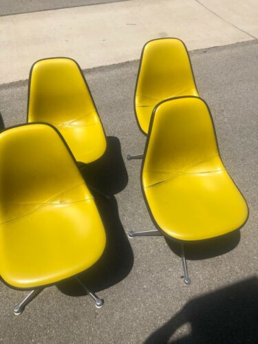 Lot of 4 Vintage Herman Miller Mid Century Modern Chairs
