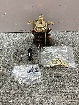 Caterpillar 3n-5976 - 4 Pole Snap Action Rotary Electro Switch 101904ls 600v