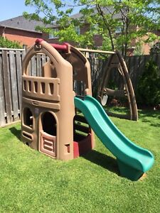 Step2 Swing set and playhouse