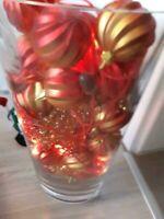 Deko große Vase Beleuchtet Lichterketten Glas Kugeln rot Weihnach Niedersachsen - Delmenhorst Vorschau