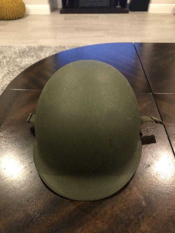 World War Two Seam Swivel Bail Helmet With Airborne Helmet Straps