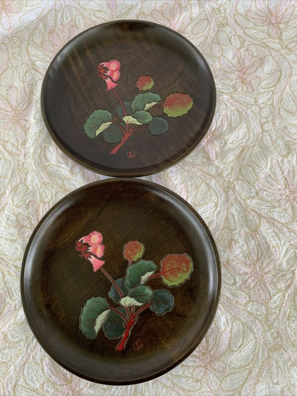 """Vintage Wooden Inlay Floral 6"""" Japanese Plates Signed Set Of 2"""