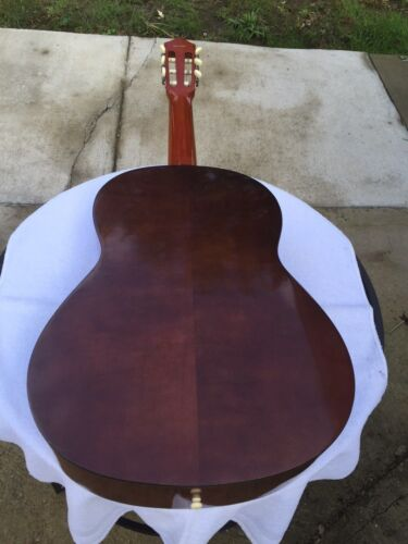 YAMAHA G 60A  Classical Guitar with Case