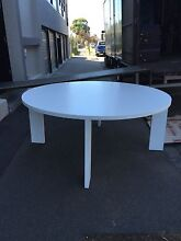 8 SEATER ROUND WHITE DINING TABLE Brunswick Moreland Area Preview