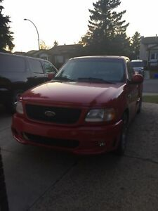 2000 F150 SVT supercharged lightening $9000 for quick sale