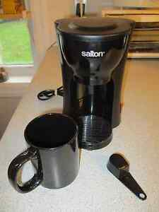 Under counter coffee maker kijiji free classifieds in for Apartment coffee maker