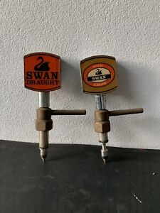 Beer keg spear taps
