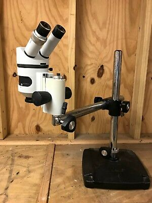 Parco Disection Scope With Boom Stand