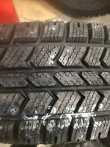 """18"""" F-150 fx4 rims with brand new Arctic Claws.   Prince George British Columbia image 2"""