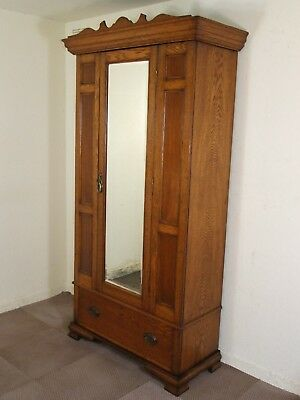 ANTIQUE EDWARDIAN GOLDEN OAK MIRROR DOOR WARDROBE FREE DELIV IN 100 MLS OF PERTH