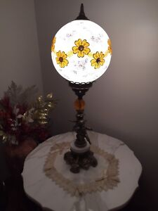 Living room table lights (antiques)
